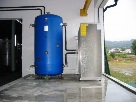 Serbatoio di accumulo acqua condizionatore manuale for Serbatoio di acqua di rame